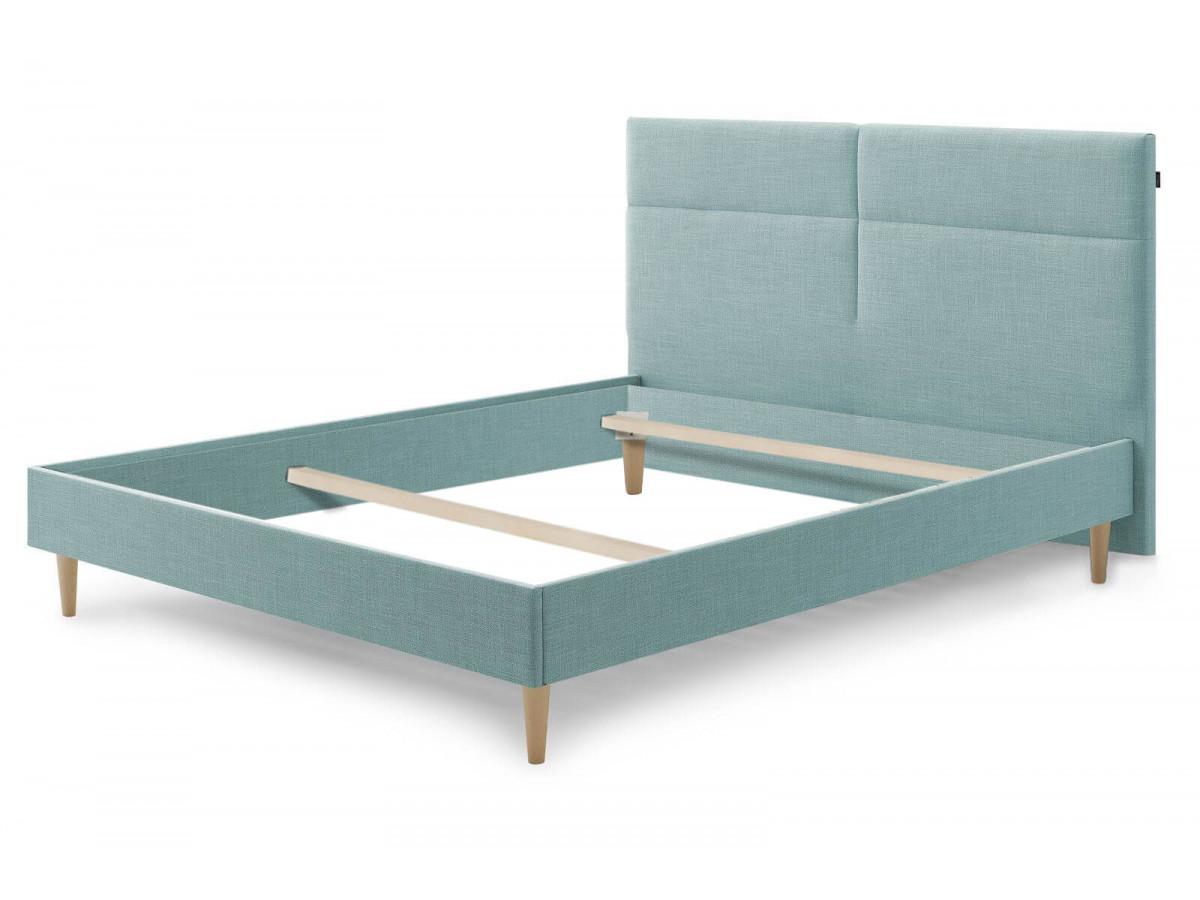 Structure de lit ELYNA avec pieds en bois naturel 140 x 190 cm