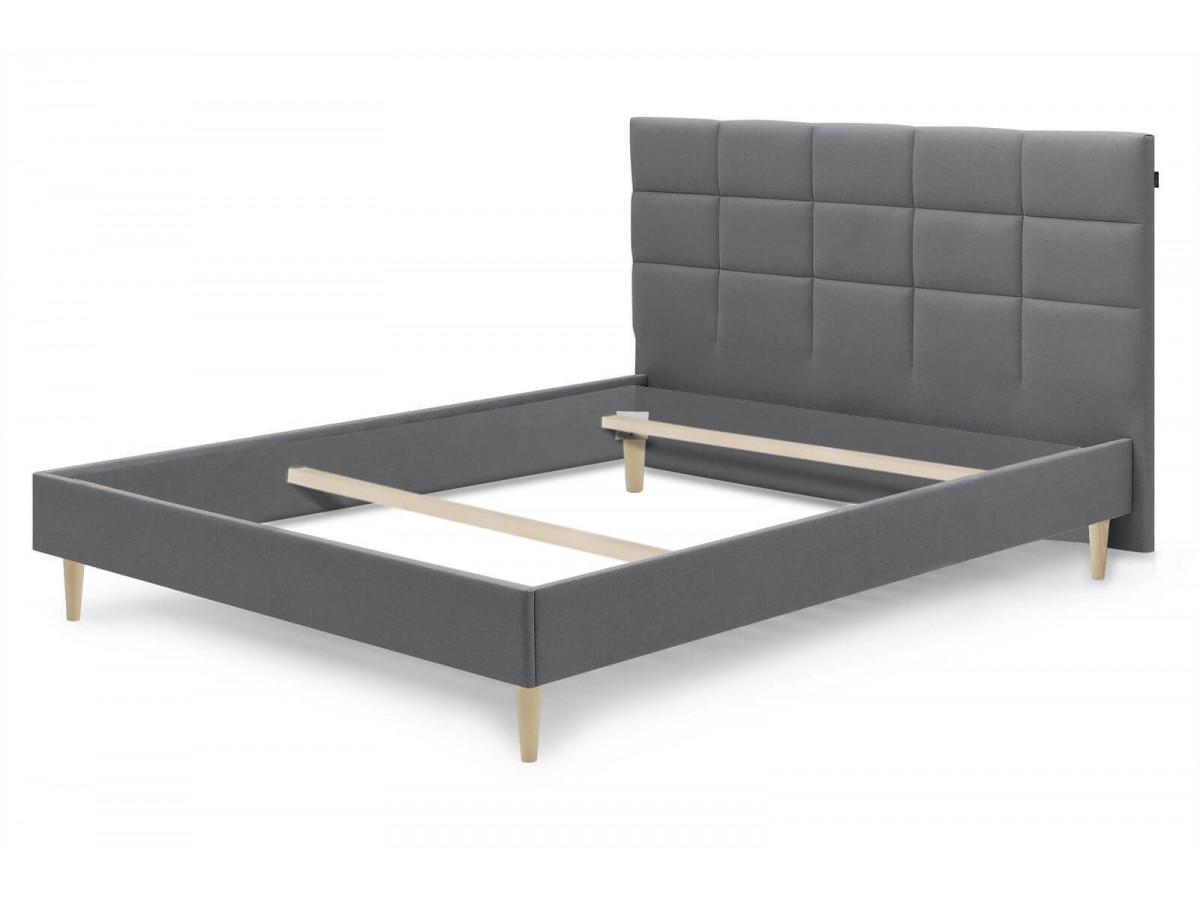 Structure de lit CARRE pieds bois naturel 160 x 200 cm